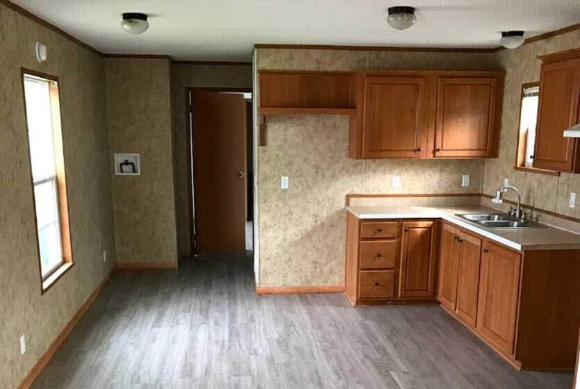 Cedar Springs Mobile Estates Kitchen 3